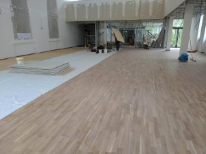 Podlaha, společenské centrum Nupaky