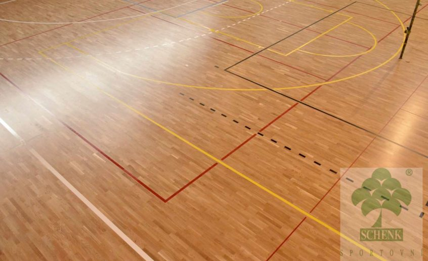 Rekonstrukce sportovní podlahy, hala Křenovice